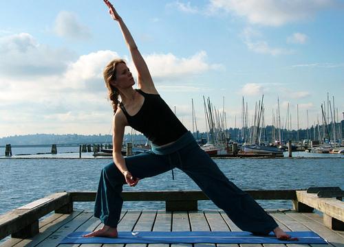 Samadhi Rush// Yoga Online// Utthita Parsvakonasana