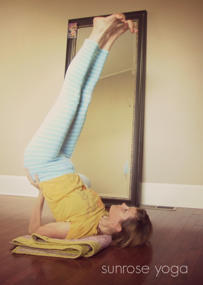 Sunrose Yoga Podcast// Online Yoga Class with Kelly Connor Sunrose// shoulder-stand