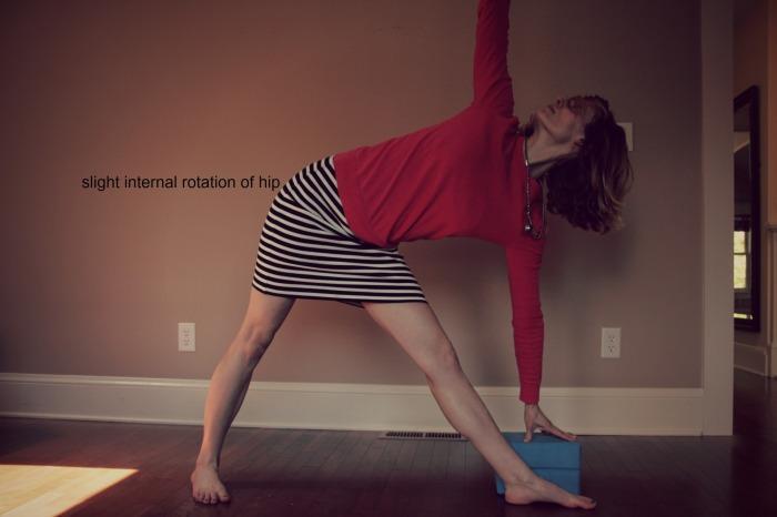 Free Online Yoga// Sunrose Yoga Podcast// Trikonasana
