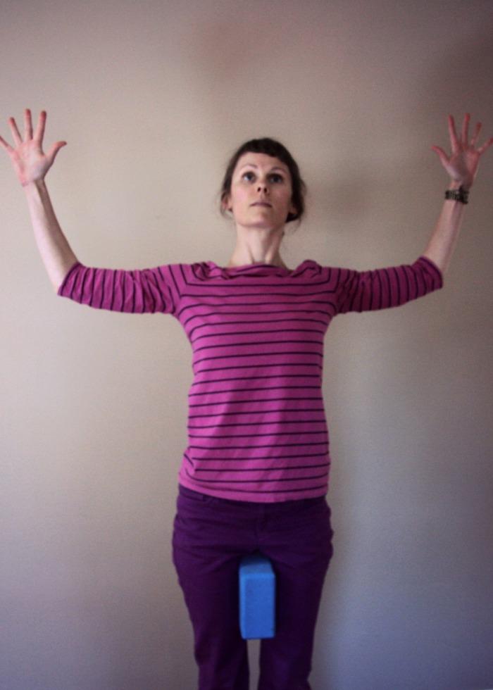 shoulder therapy// hatha yoga