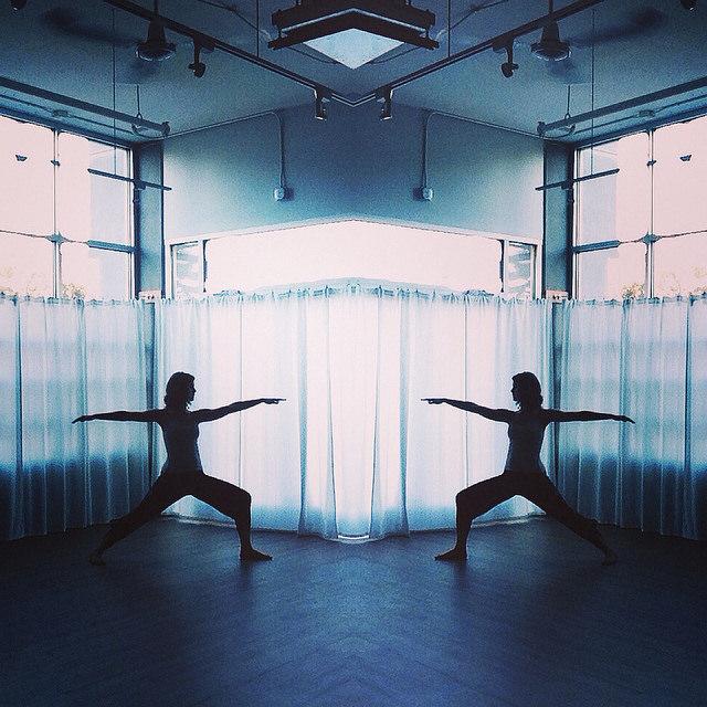Warrior 2// Kelly Connor Sunrose Yoga