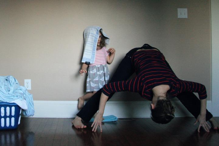 Kelly Sunrose Yoga Podcast// Online Yoga Classes// Prasarita Padottanasana