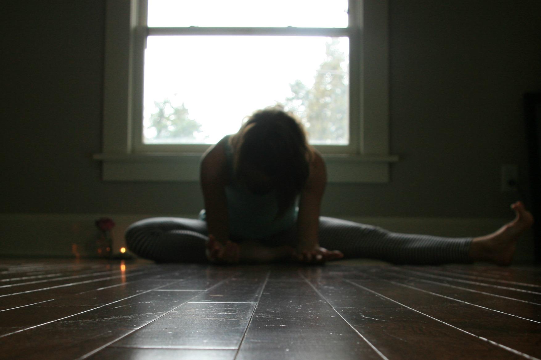 Kelly Sunrose Yoga// Samadhi Rush// Half Butterfly