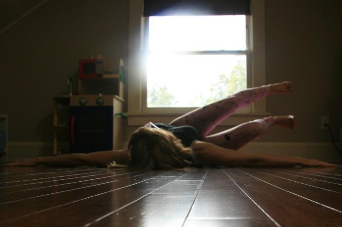 Hip roll// Integrated Core Yoga on Samadhi Rush