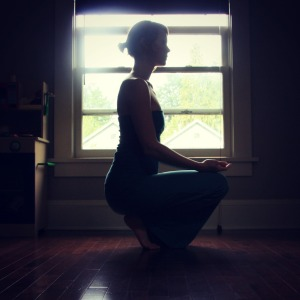 The 5-Pose Practice with Kelly Sunrose// Samadhi Rush